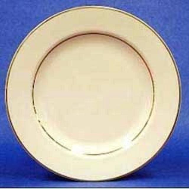 Where to rent ROYAL GOLD LUNCH PLATE 9 in Baltimore Maryland, Washington DC, Columbia MD, Westminster, Annapolis MD